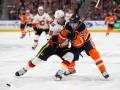 НХЛ: Калгари по буллитам обыграл Эдмонтон, Вашингтон в тяжелом матче уступил Нэшвиллу
