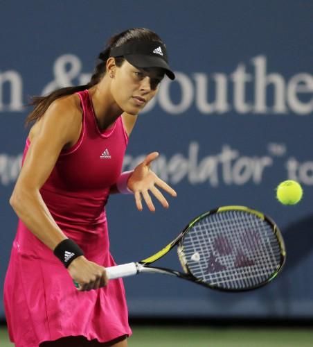 Ана Иванович пробилась в полуфинал