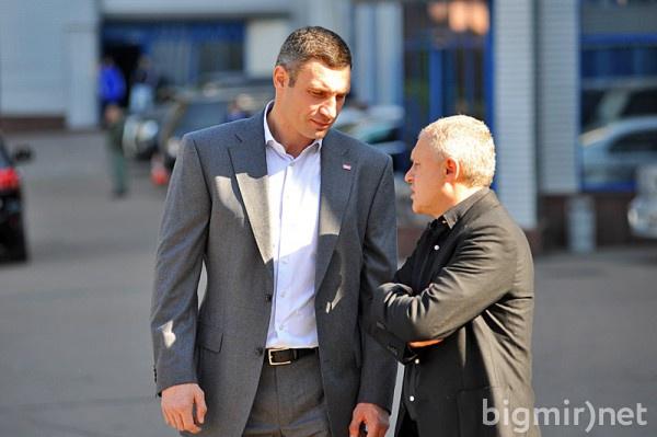 Мер Киева Виталий Кличко и президент Динамо Игорь Суркис