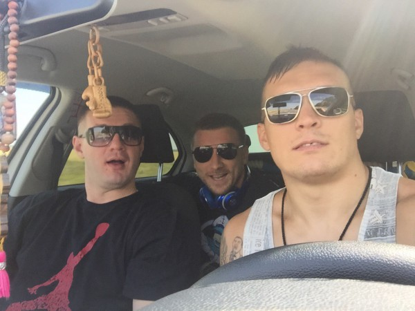 Александр Усик отправился на сборы в Буковель