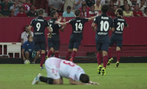 Игроки Атлетико забили три безответных мяча Севилье