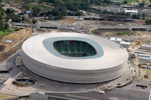 на стадионе во Вроцлаве