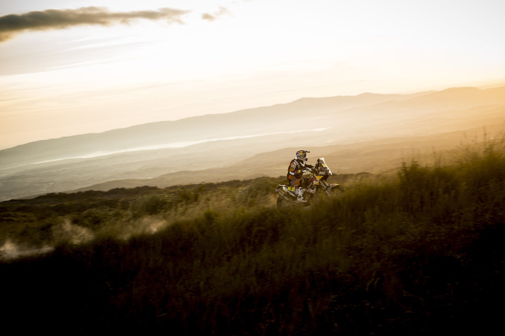 Марк Кома уверенно идет к своему пятому чемпионскому титулу в классе мотоциклов/Red Bull