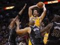 NBA: Лейкерс уступают Майами Хит
