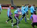 Веселая разминка: Украина с шутками и смехом потренировалась в Македонии