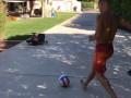 Ломаченко показал, как умеет владеть мячом, забив красивый гол
