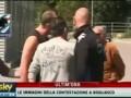 Драка игроков и тренера Сампдории с фанатами