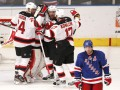 Кубок Стэнли: Нью-Джерси сравнивает счет в серии с Рейнджерс