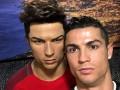 Роналду посетил собственный музей и поздравил своих фанатов с Рождеством