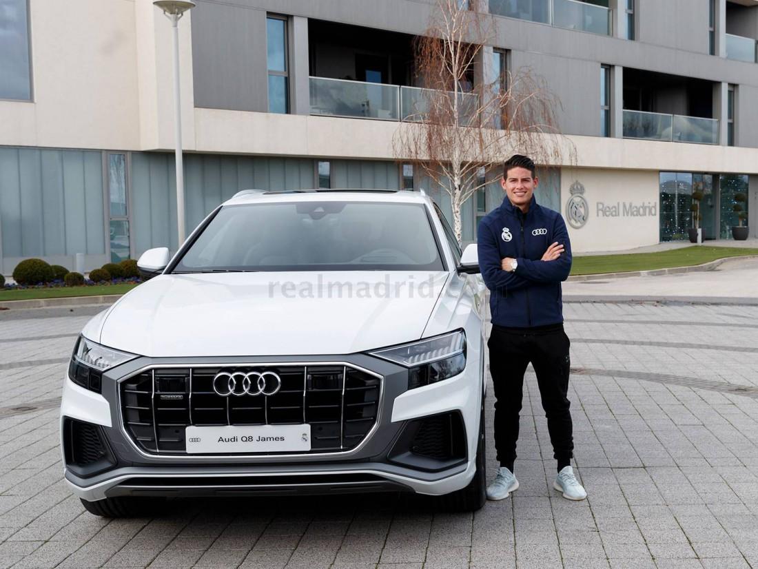 Хамес Родригес с новой Audi Q8