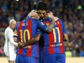 Юные футболисты спародировали реакцию игроков Барселоны на брошенную бутылку