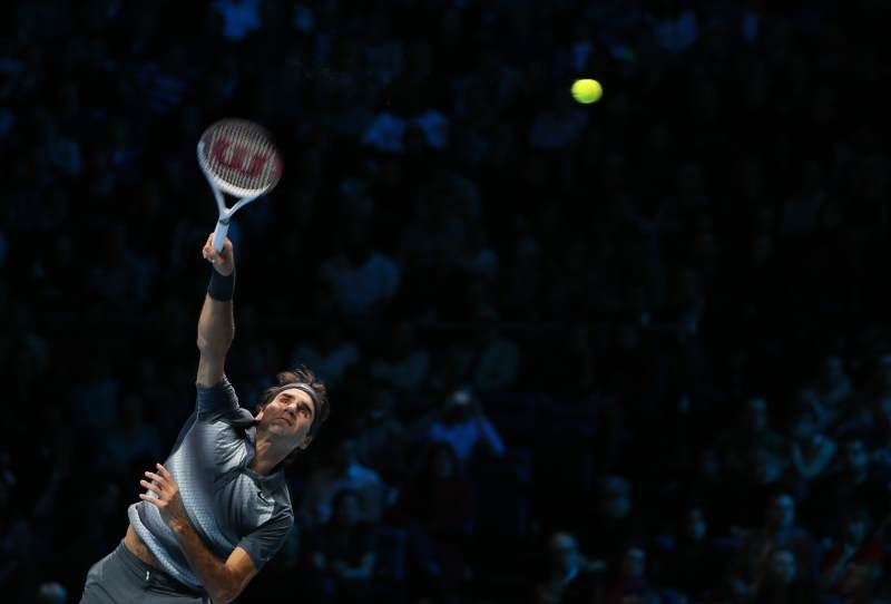 Федерер часто радует теннисных болельщиков красивыми ударами