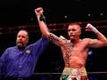 Редкач выиграл дебютный бой в полусреднем весе, нокаутировав Александера