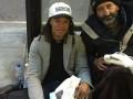 Экс-футболист Ювентуса на улице Турина разделил свой обед с бездомным
