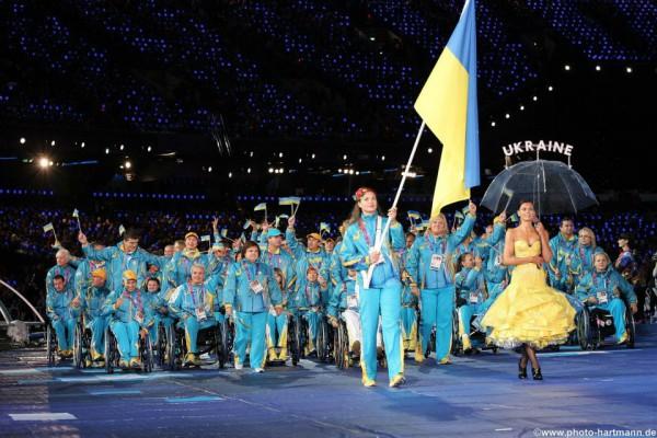 Сборная паралимпийцев - герои года