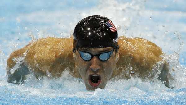 Фелпс бил рекорды на Олимпиаде