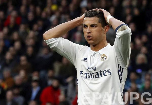 «Реал» напоследней минуте ушел отпоражения вматче с«Барселоной»