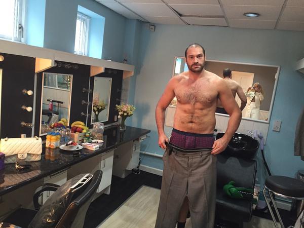 Тайсон Фьюри хочет спеть в ринге после того как отправит Кличко в нокаут