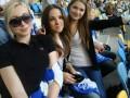 Футболисты Динамо поздравили своих болельщиц с 8 Марта (ФОТО)