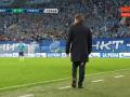 Тренер Зенита порвал штаны по ходу матча Лиги Европы