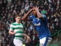 Нелепый удар футболиста из Шотландии, который пробил выше ворот с одного метра