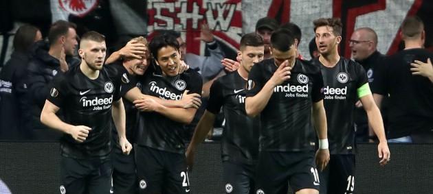 Айнтрахт отыграл два мяча у Бенфики, Челси и Славия на двоих забили 7 голов