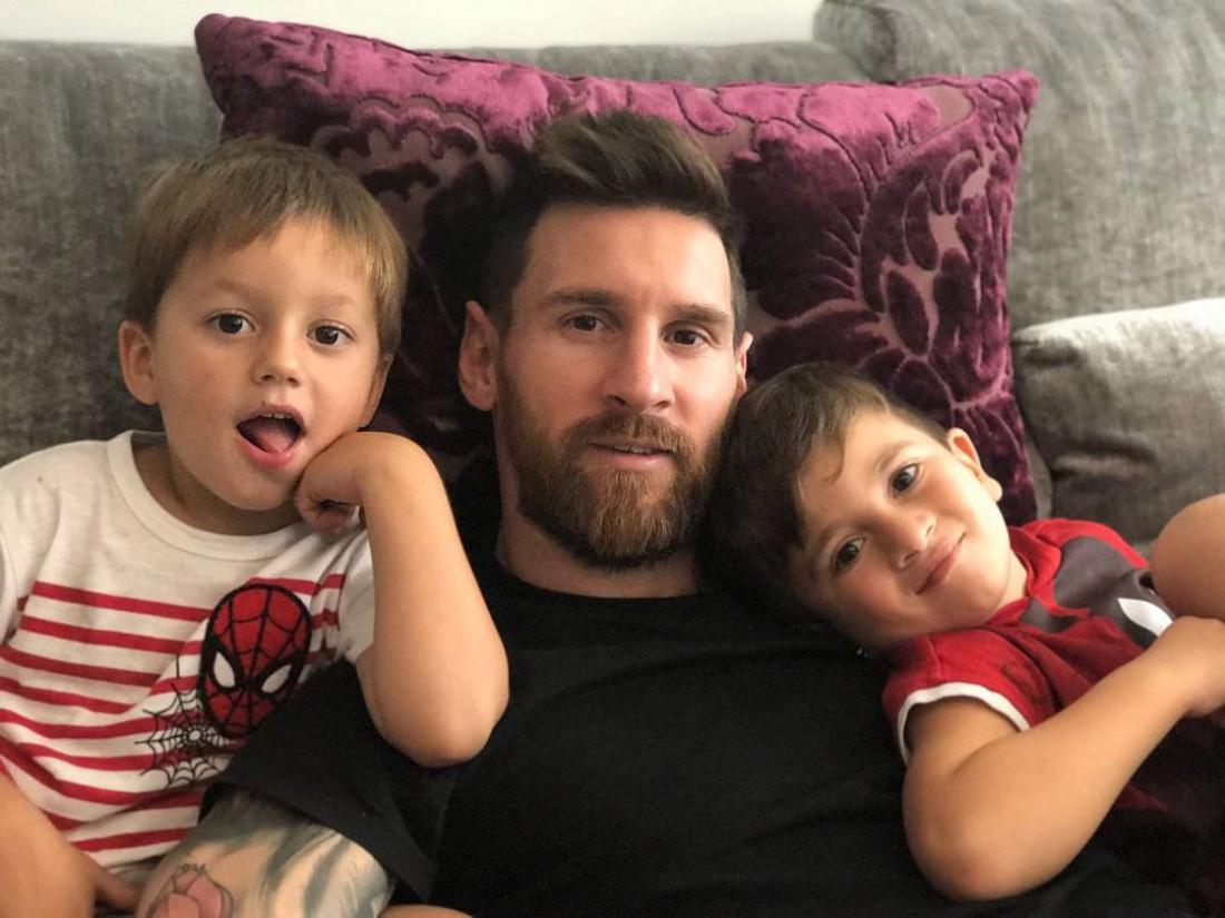 Лео с сыновьями