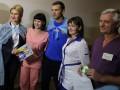 Шевченко вместе с футболистами сборной проведали воинов АТО