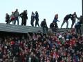 Фанат московского Спартака упал с крыши стадиона во время матча