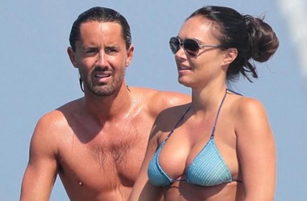 Тамара и Джей развлекаются на яхте