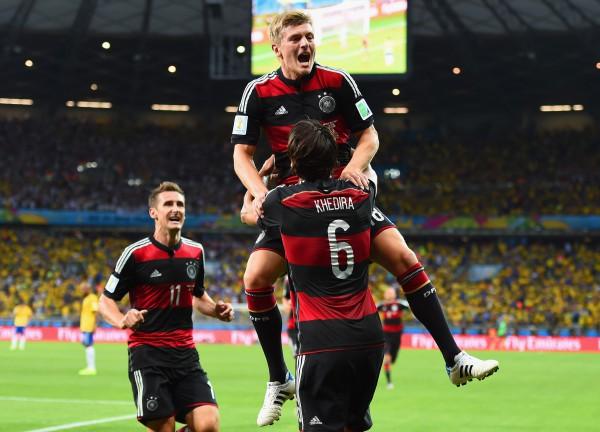 Сборная Германии разгромила Бразилию со счетом 7:1 в полуфинале ЧМ-2014