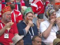 Фанаты сборной России в кокошниках: Сосиски приносят победу