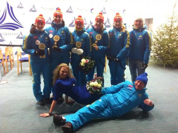Марина Балагура на Олимпиаде в Сочи с нашими девушками-победительницами
