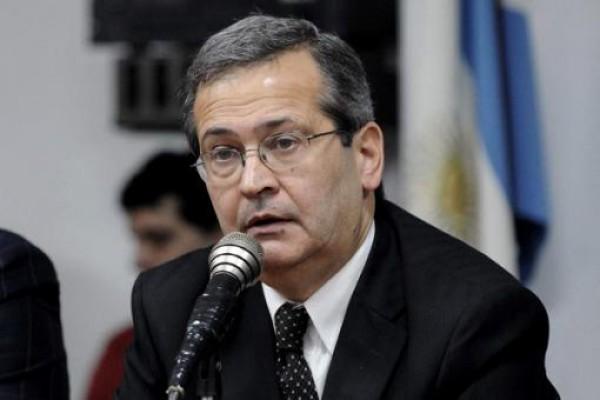 Президент аргентинского клуба попал под гнев болельщиков
