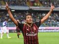 Бомбардир Милана может перейти в Челси из-за конфликта с тренером