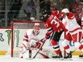 НХЛ: Детройт в овертайме обыграл Нью-Джерси, Каролина разгромно уступила Коламбусу
