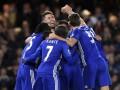 Челси забил пять голов Эвертону и вышел на первое место