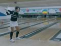 Сексуальная кореянка выбила страйк клюшкой и мячиком для гольфа