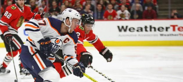 НХЛ: Бостон сильнее Анахайма, Эдмонтон уступил Чикаго
