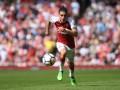 Футболист-дизайнер: Игрок Арсенала собственноручно пошил штаны для своего бренда
