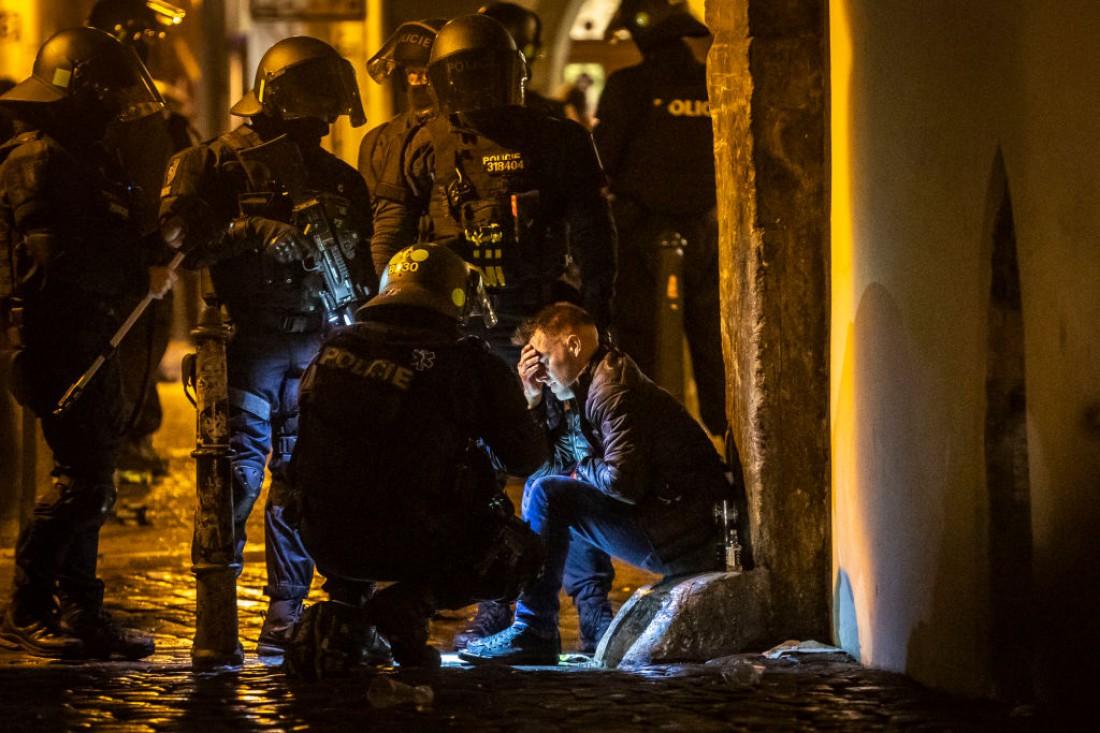 В Праге произошли стычки фанатов с полицией