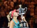 Кербер сенсационно побеждает Серену Уильямс и становится победительницей Australian Open