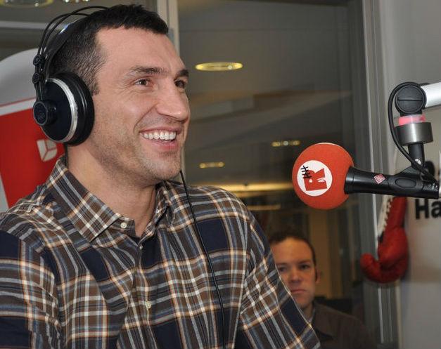 Владимира встретили на радио песней Red Hot Chili Peppers, что удивило нашего чемпиона
