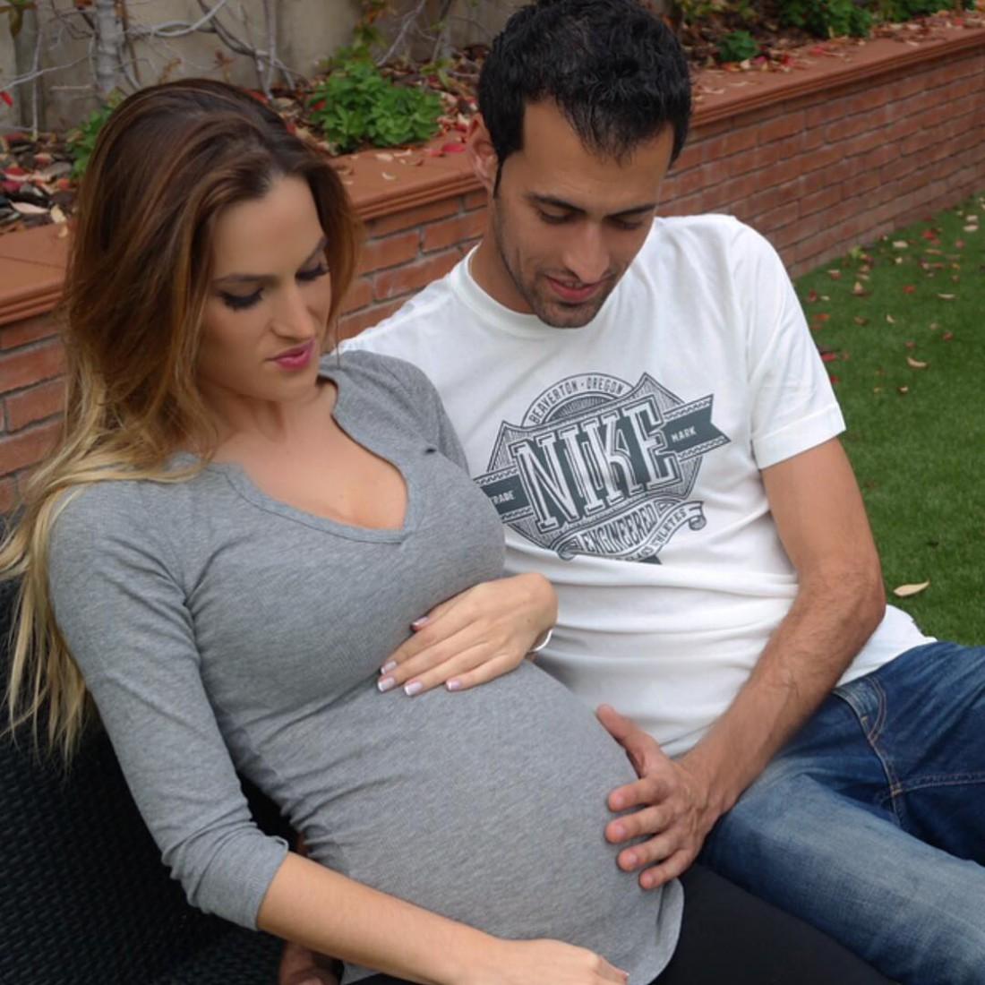 Серхио Бускетс и его возлюбленная Елена Галера