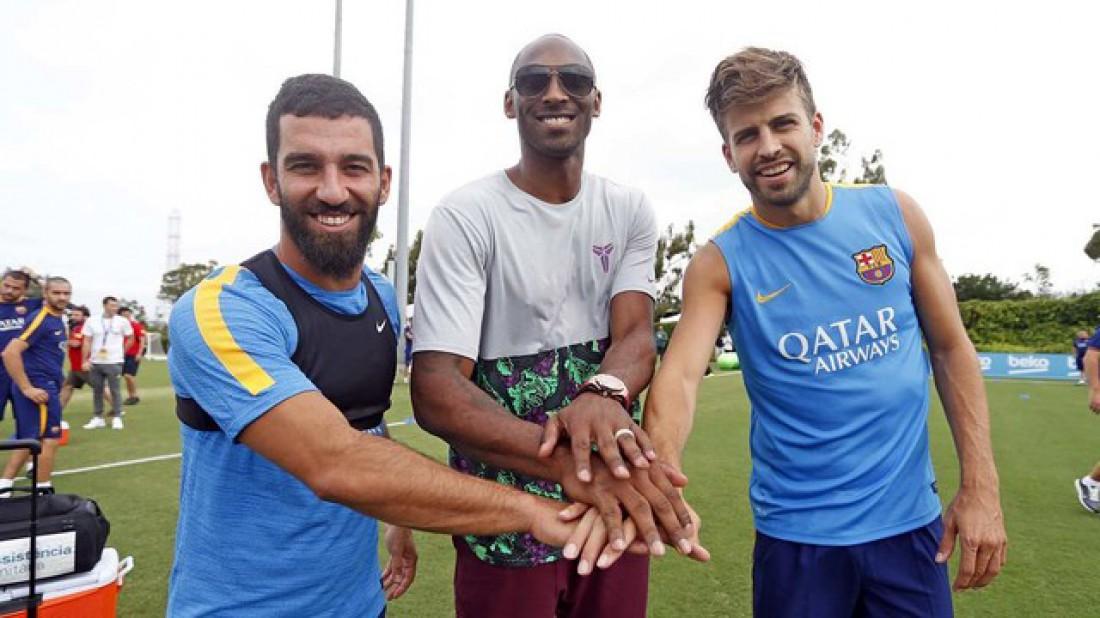 Коби Брайант с футболистами Барселоны