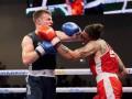 Боксеры одновременно отправили друг друга в нокдаун на чемпионате Европы