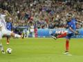 Сборная Франции - первая команда в истории Евро, забившая 4 гола до перерыва