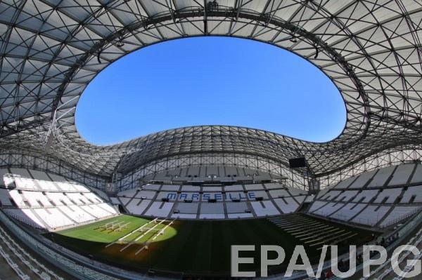 Французские стадионы могут принять матчи Евро без зрителей