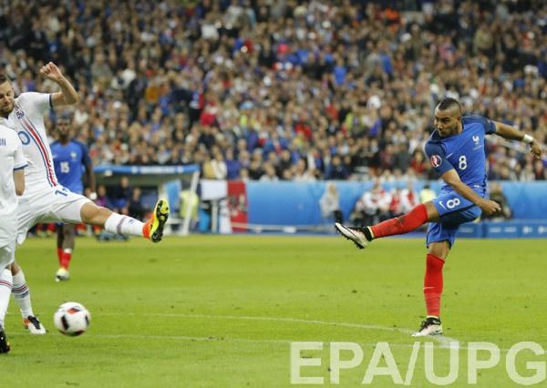 Франция забивает Исландии