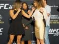 Девушка с грудными имплантами все-таки выступит на UFC 210
